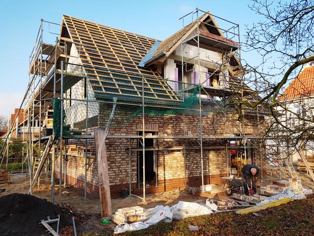 Fertigstellung der Fassade